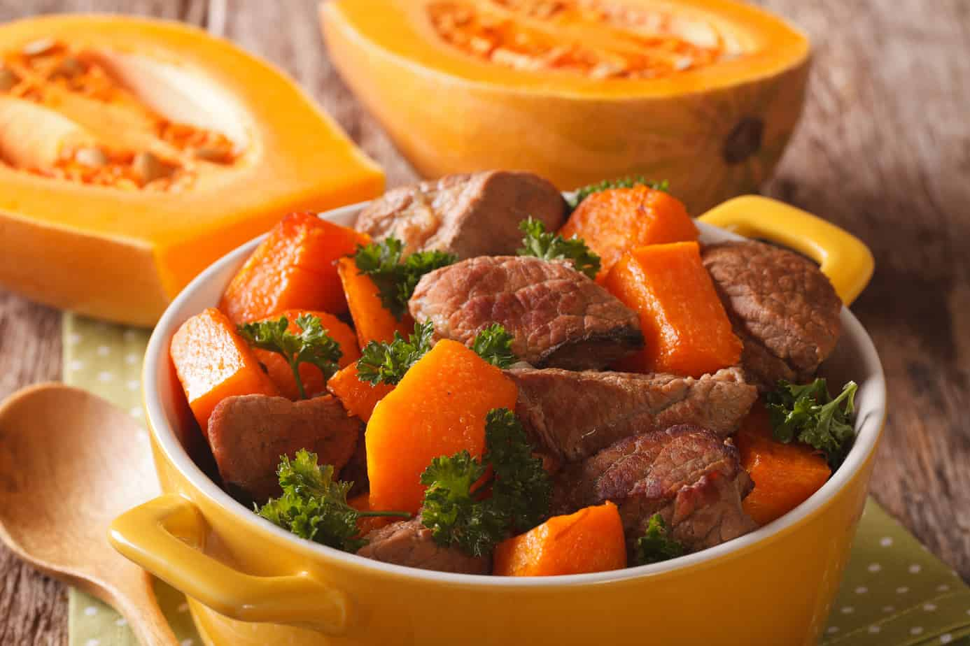 Beef stew with pumpkin and spices